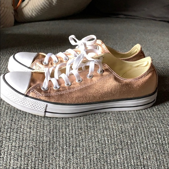 shop best sellers low cost good service Rose gold converse chuck Taylor's low top.